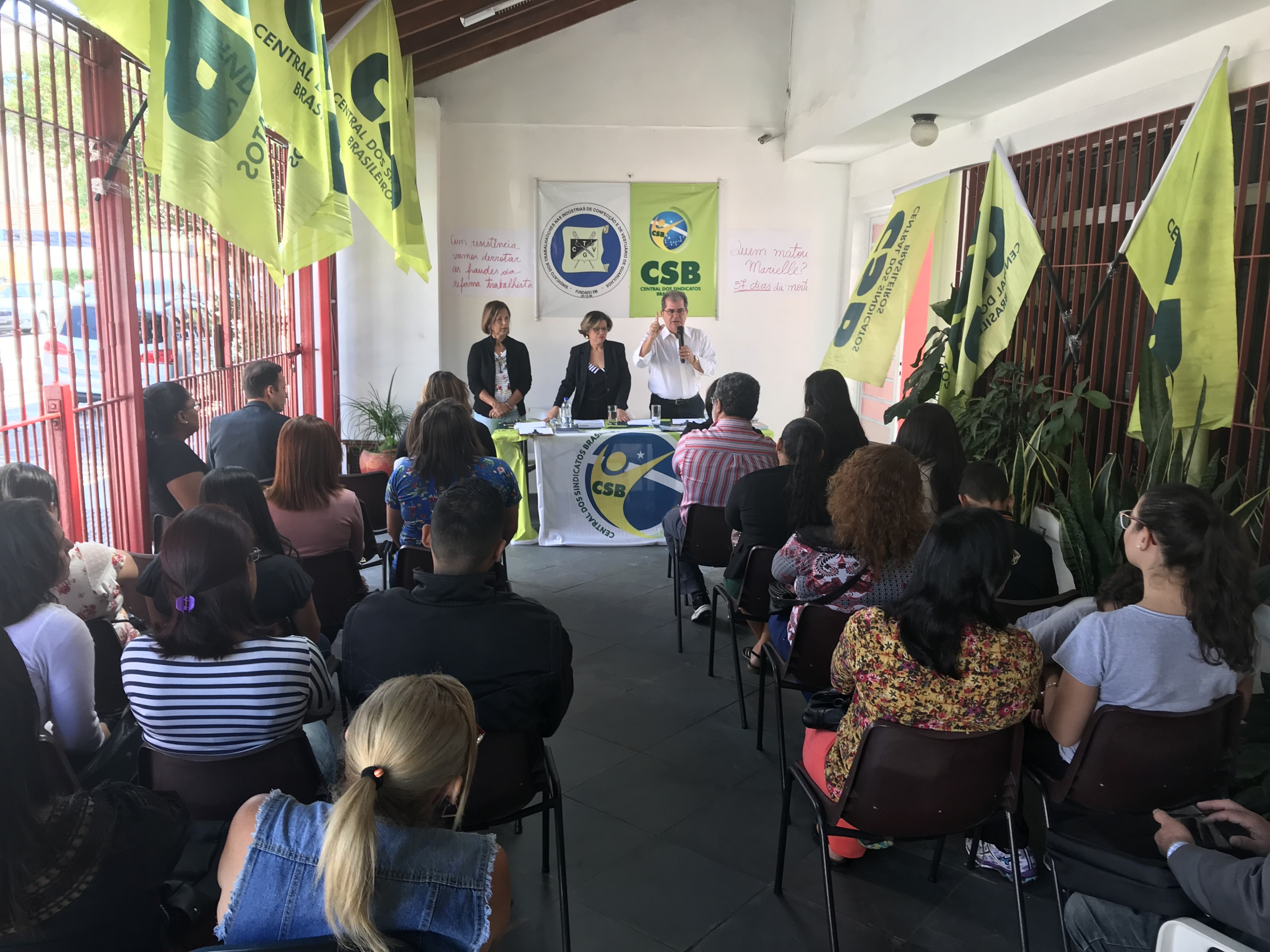 Assembléia decidiu lutar por aumento real, PLR e combate as fraudes