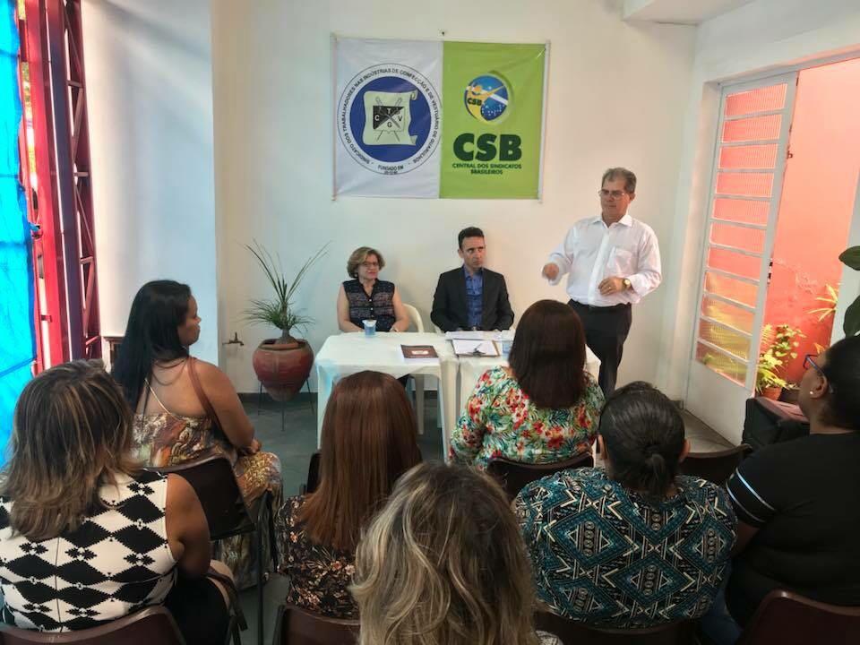 Dirigentes debatem fraudes contra o trabalhador em seminário jurídico sobre a reforma trabalhista em Guarulhos