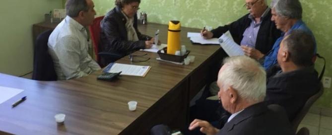 Sindicato inicia negociação coletiva da confecção em Jundiai